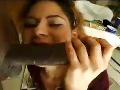 Orgasmo, joven maduras mexicanas en lenceria morena frota el clítoris orgasmo
